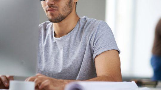 Comment harmoniser études et travail ?