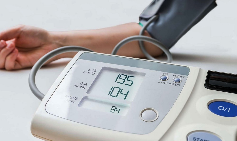 Hypertension : quand se rendre aux urgences ?