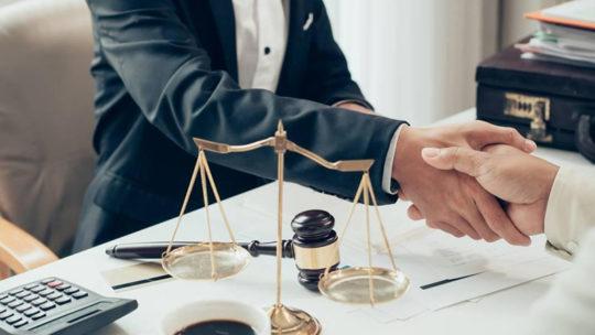 Les essentiels à connaître pour devenir avocat d'affaires ?